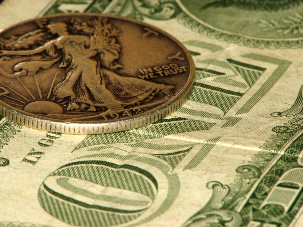money-1238013-1600x1200